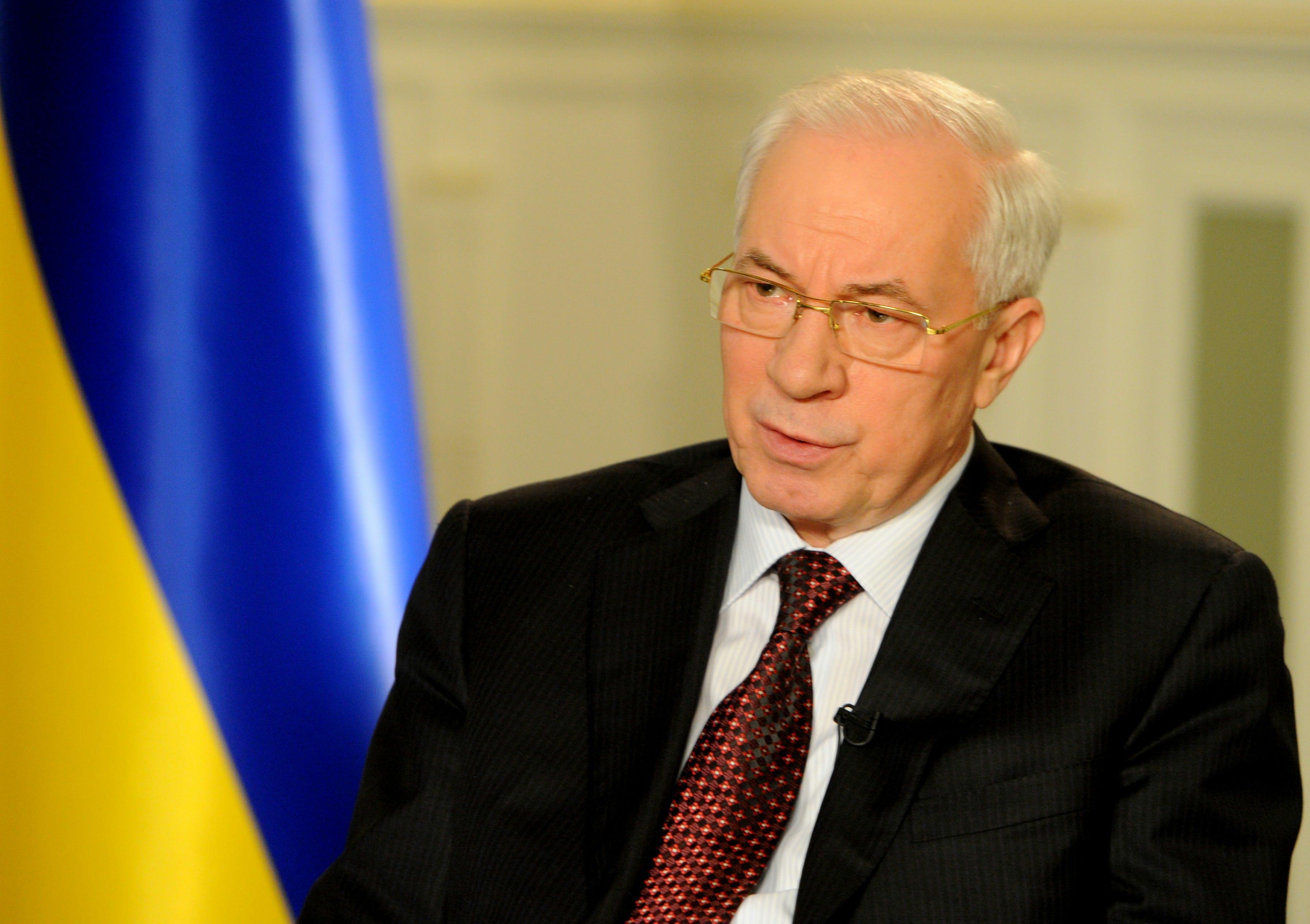 Николай Азаров унизил Украину, восхитившись стройкой Крымского моста в РФ