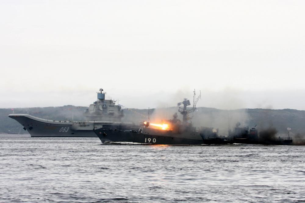 Корабли Северного флота провели боевые стрельбы вБаренцевом море