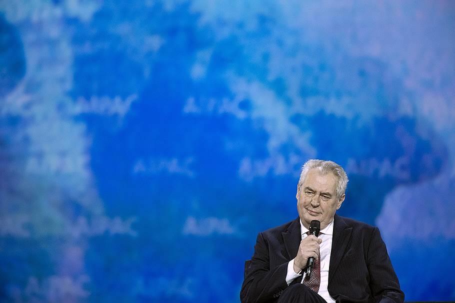 Президент Чехии призвал депортировать мигрантов
