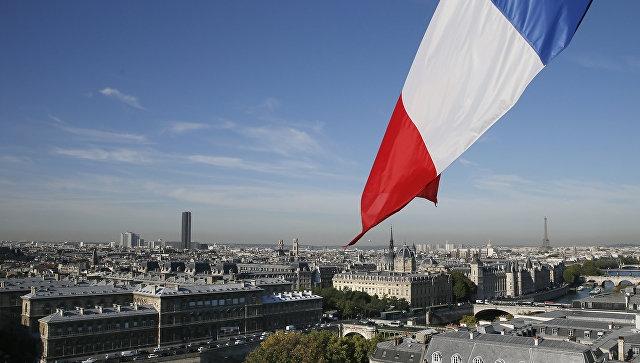 Опрос: неменее 50% французов считают Фийона очевидным победителем президентских выборов
