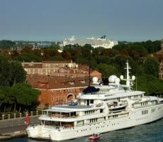 К Одессе причалила яхта соучредителя «Майкрософт»