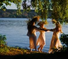 Славянские язычники также празднуют Святую Троицу