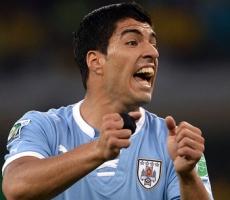 Продолжение футбольной баталии между Италией и Уругваем.