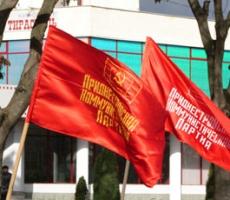 Comuniştii din Transnistria îi vor ajuta pe asociaţii săi din PCRM la răsturnarea puterii în Republica Moldova