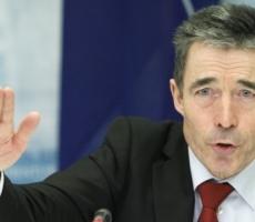 Еврочиновники призывают митингующих в Украине обеспечить мирный ход акций