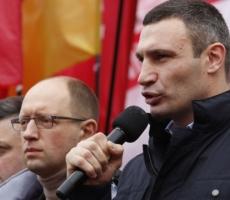 Виталий Кличко призвал митингующих регионалов задуматься над будущим Украины