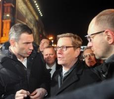 Оппозиция Киева: компромисса с властью не будет!