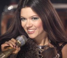 Певица Руслана призвала евромайданщиков продержаться до 17 декабря