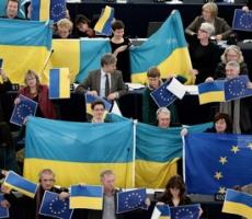 Европарламент поддержал украинскую оппозицию и курс страны на ЕС