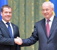 Медведев поздравил премьер-министра Украины с Днем Рождения