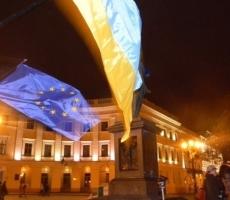 Оппозиция сняла осаду обладминистрации, но обещала вернуться