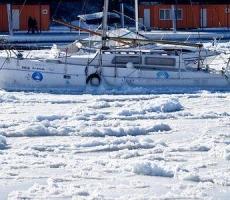 Одесса вмерзает в Черное Море
