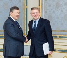 Вчера Виктор Янукович встретился с Комиссаром ЕС Штефаном Фюле
