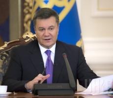 Виктор Янукович прилетел в Харьков