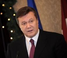 Янукович лишился власти - В мае выборы президента Украины