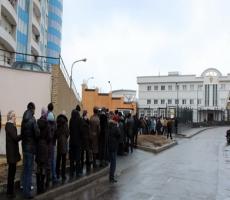 Российское консульство в Одессе блокировали сторонники Евромайдана