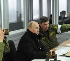Владимир Путин лично наблюдал за военными учениями России