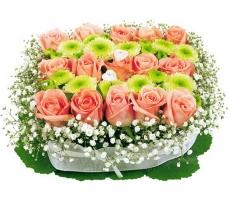 В канун 8 марта цены на цветы взлетели вдвое
