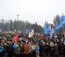 """В Одессе скандируют: """"Янукович вернись!"""""""
