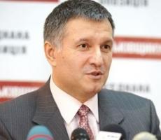 Украина - не Сомали, где вооруженные банды делят власть