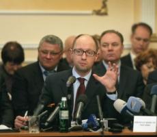 Премьер Украины Яценюк выступил против силового сценария на юго-востоке страны