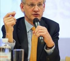 Карл Бильдт: Владимир Путин сделал Россию непредсказуемой