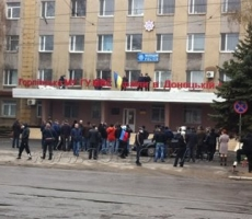 В Горловке штурмом взято здание УВД