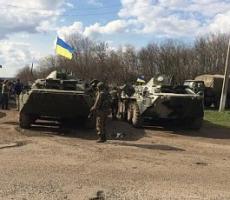 Сегодня утром на подъезде к Славянску наблюдали украинскую военную технику