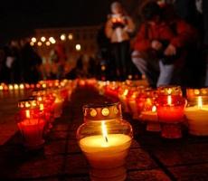 Имена погибших активистов 2 мая одесситы устанавливают сами
