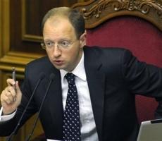 Премьер Украины Арсений Яценюк обвинил Россию в попытке прорвать границу