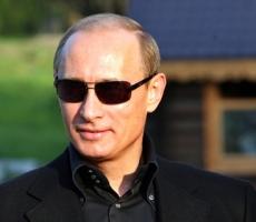 """Владимир Путин уважает выбор украинцев, но говорить о встрече с новым президентом """"пока рано"""""""