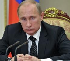 Владимир Путин поручил внести сведения о Крыме и Севастополе в новый учебник истории