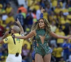 На открытии Чемпионата Мира по футболу Бразилия забила Хорватии три гола