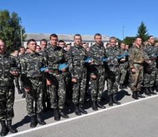 Семьям погибших в Донбассе силовиков выделят квартиры