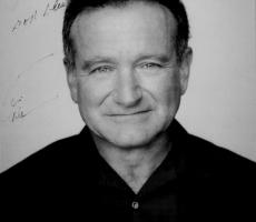 Сегодня ушел из жизни известный актер Robin Williams