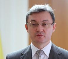 Спикер Молдовы Игорь Корман поздравил учителей с их профессиональным праздником
