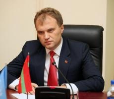 Евгений Шевчук поздравил приднестровцев с Днем Матери