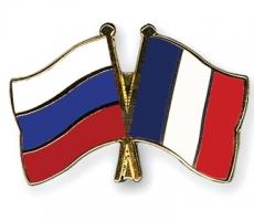 Президент Франции совершил незапланированный визит в Россию