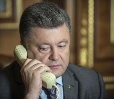Петр Порошенко, Франсуа Олланд и Ангела Меркель снова обсудили ситуацию на Донбассе