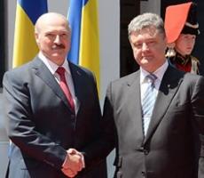 Лукашенко выполнит любую просьбу Порошенко за сутки