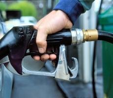 В Молдове снизили цены на бензин и дизельное топливо