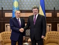 Петр Порошенко встретился с Президентом Казахстана