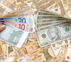 Доллар в Молдове начал сдавать позиции