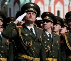 Украинских офицеров высшего состава защитят от люстрации