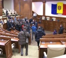 Сегодня в Молдове избирут нового премьера