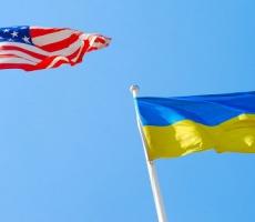США снабжает Украину бронетехникой