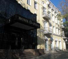 В Одессе ищут шутника, сообщившего о бомбе в отеле на Александровском