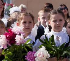 """Вчера для всех выпускников Приднестровья прозвенел """"последний звонок"""""""