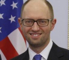 Яценюк хочет распродать Украину иностранным компаниям
