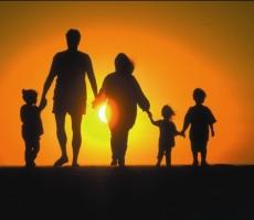 Что угрожает нормальным семейным отношениям в России